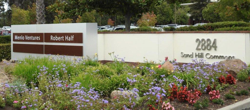Компания Robert Half International Inc тикер RHI