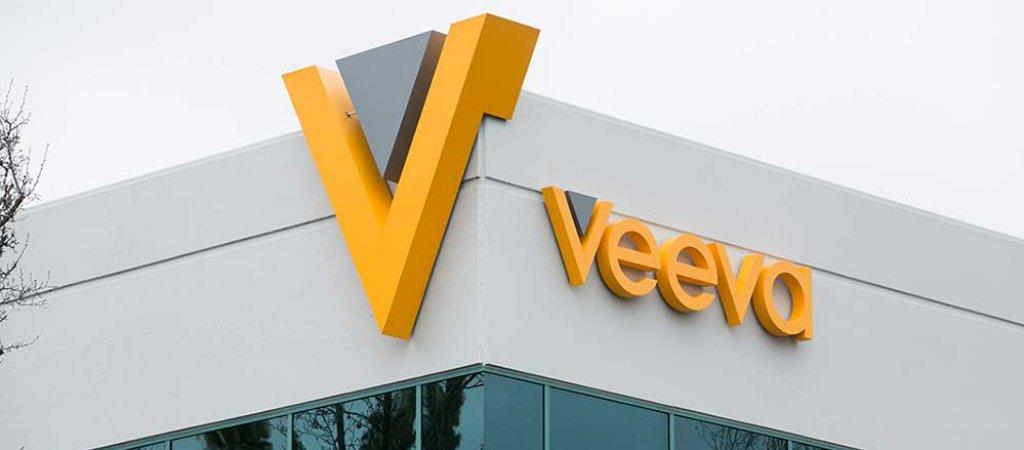 Veeva Systems делает геп ап на отчете